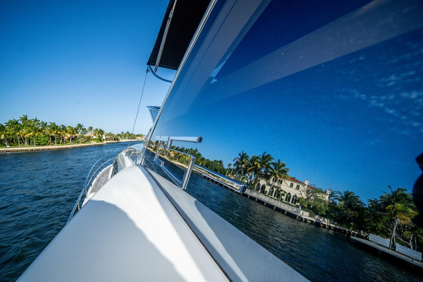 2013 AZIMUT  Motor Yacht 2617640