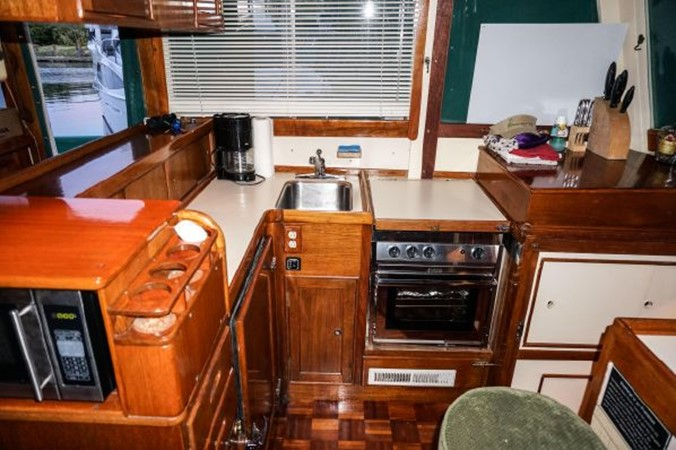 1968 GRAND BANKS 42 Classic Trawler 2617884