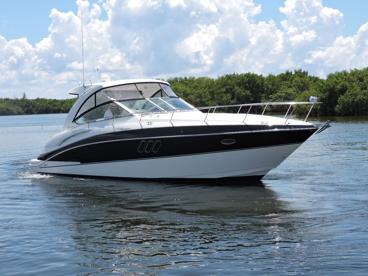 Profile 2008 Cruisers Yachts 360 Express Cruiser 2617939
