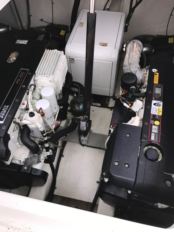 Engine Room 2008 Cruisers Yachts 360 Express Cruiser 2617943