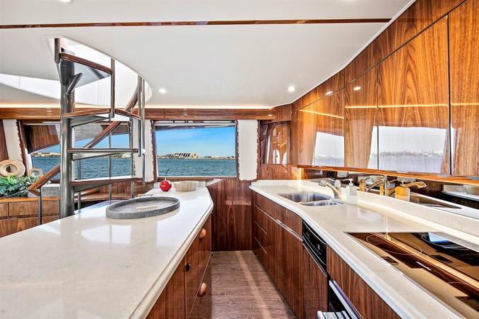 Galley 2017 VIKING Enclosed Bridge Sport Fisherman 2626819