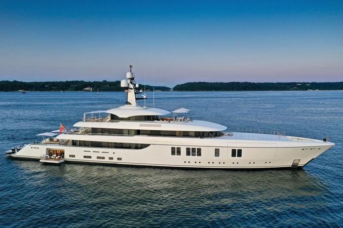 2017 FEADSHIP  Mega Yacht 2622064