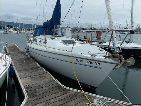 1996 CATALINA 36 MK II Cruising Sailboat 2618907