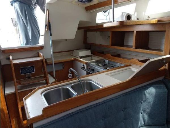 1996 CATALINA 36 MK II Cruising Sailboat 2618915