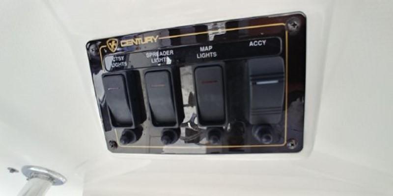 2009 CENTURY 3200 Center Console Center Console 2618965