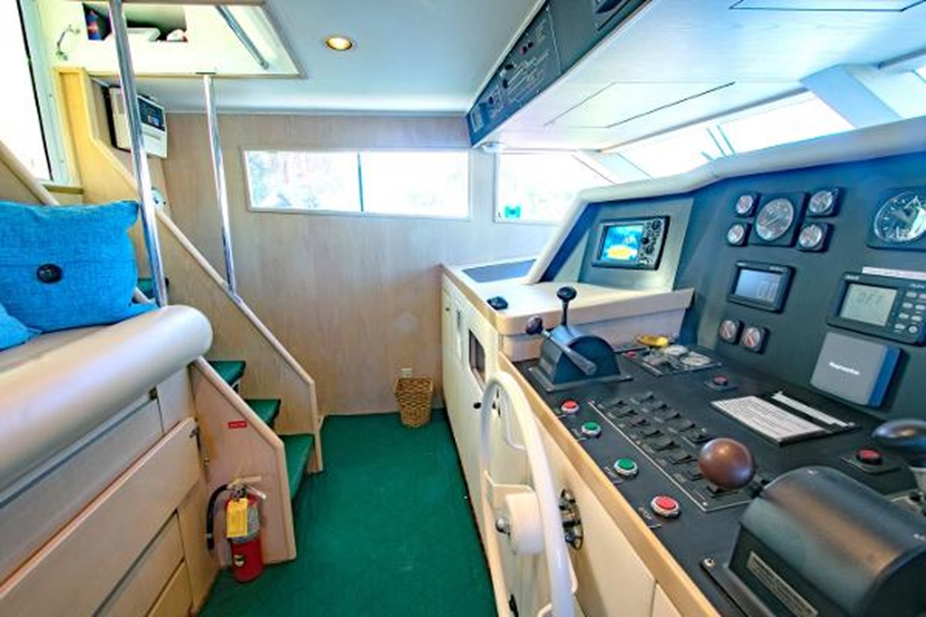 1992 BROWARD Motor Yacht Motor Yacht 2686093
