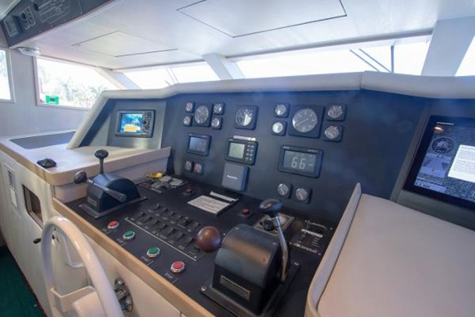 1992 BROWARD Motor Yacht Motor Yacht 2686089