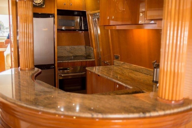 Azimut 2004 74' Solar 2004 AZIMUT 74 Solar Motor Yacht 2686163