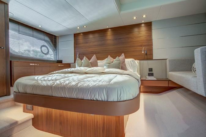 Master Stateroom 2016 PRINCESS YACHTS V58 Cruiser 2620583
