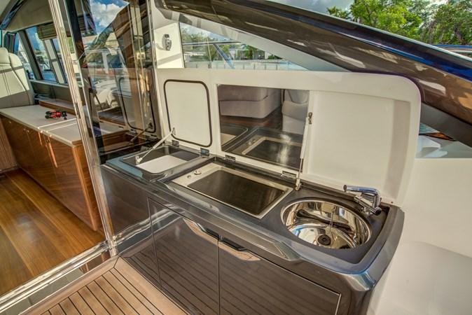 Cockpit Grill 2016 PRINCESS YACHTS V58 Cruiser 2620603