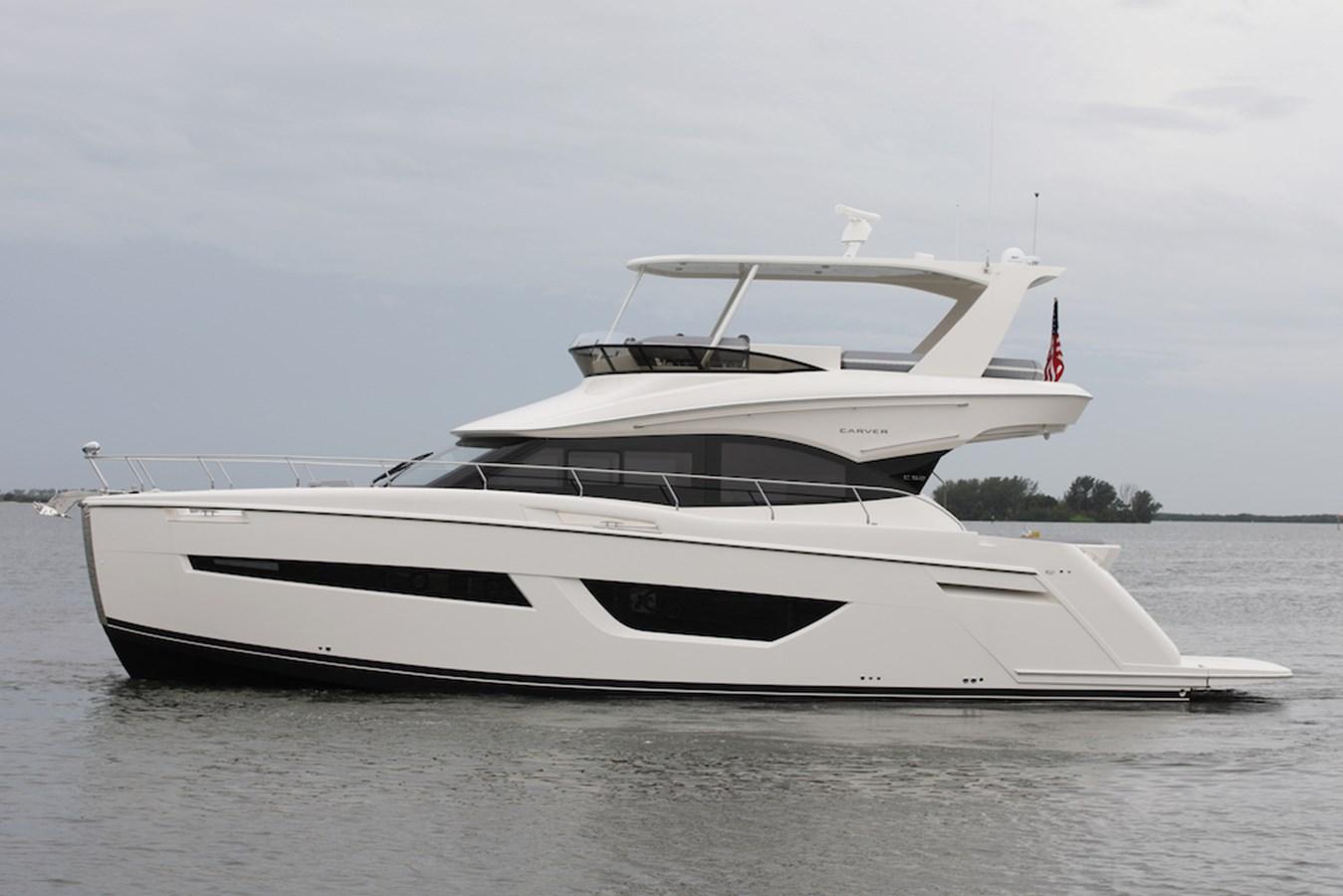 B44A8611 2020 CARVER  Motor Yacht 2824939
