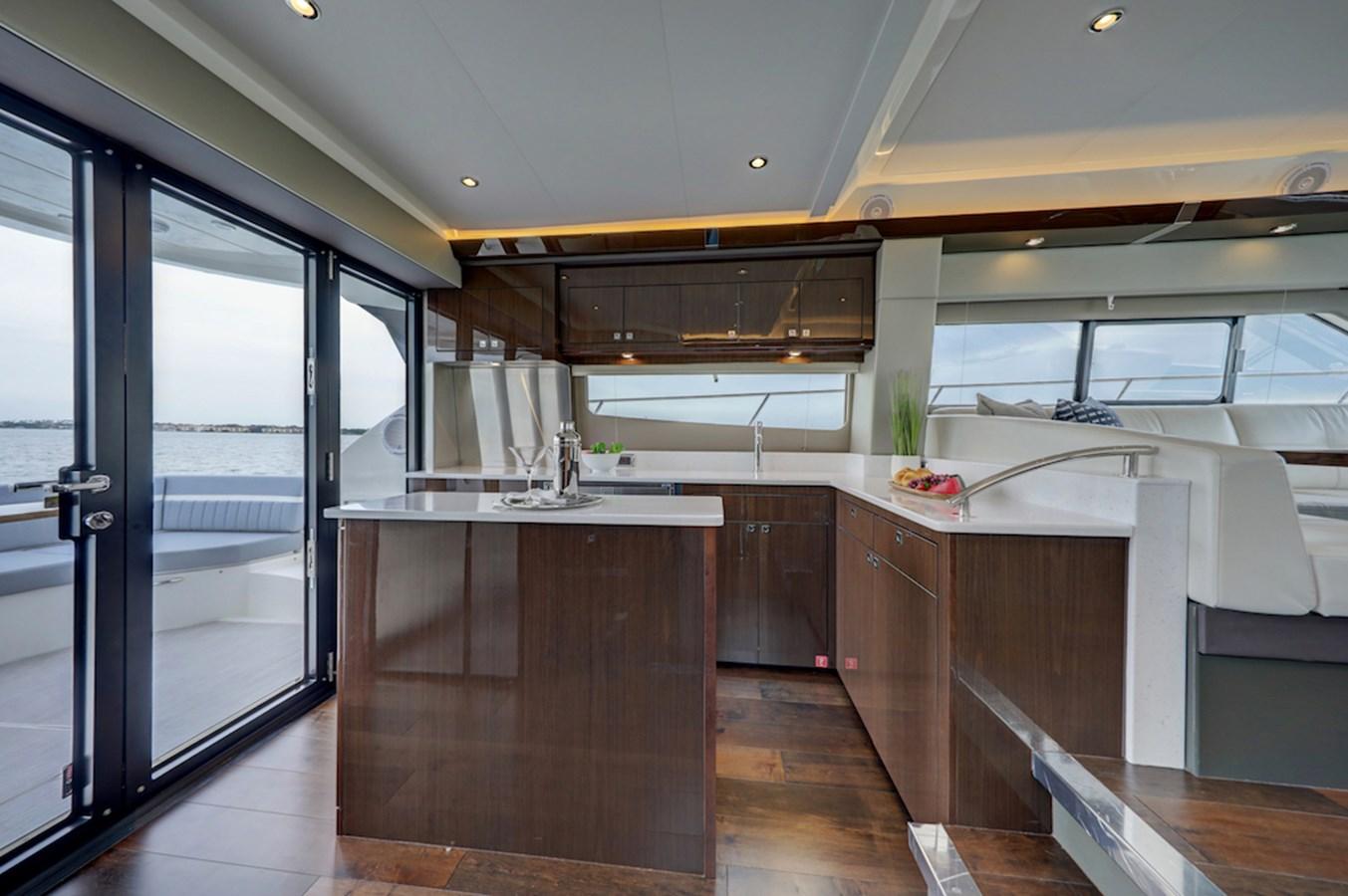 B44A8349_50_51_52_53 2020 CARVER  Motor Yacht 2824976