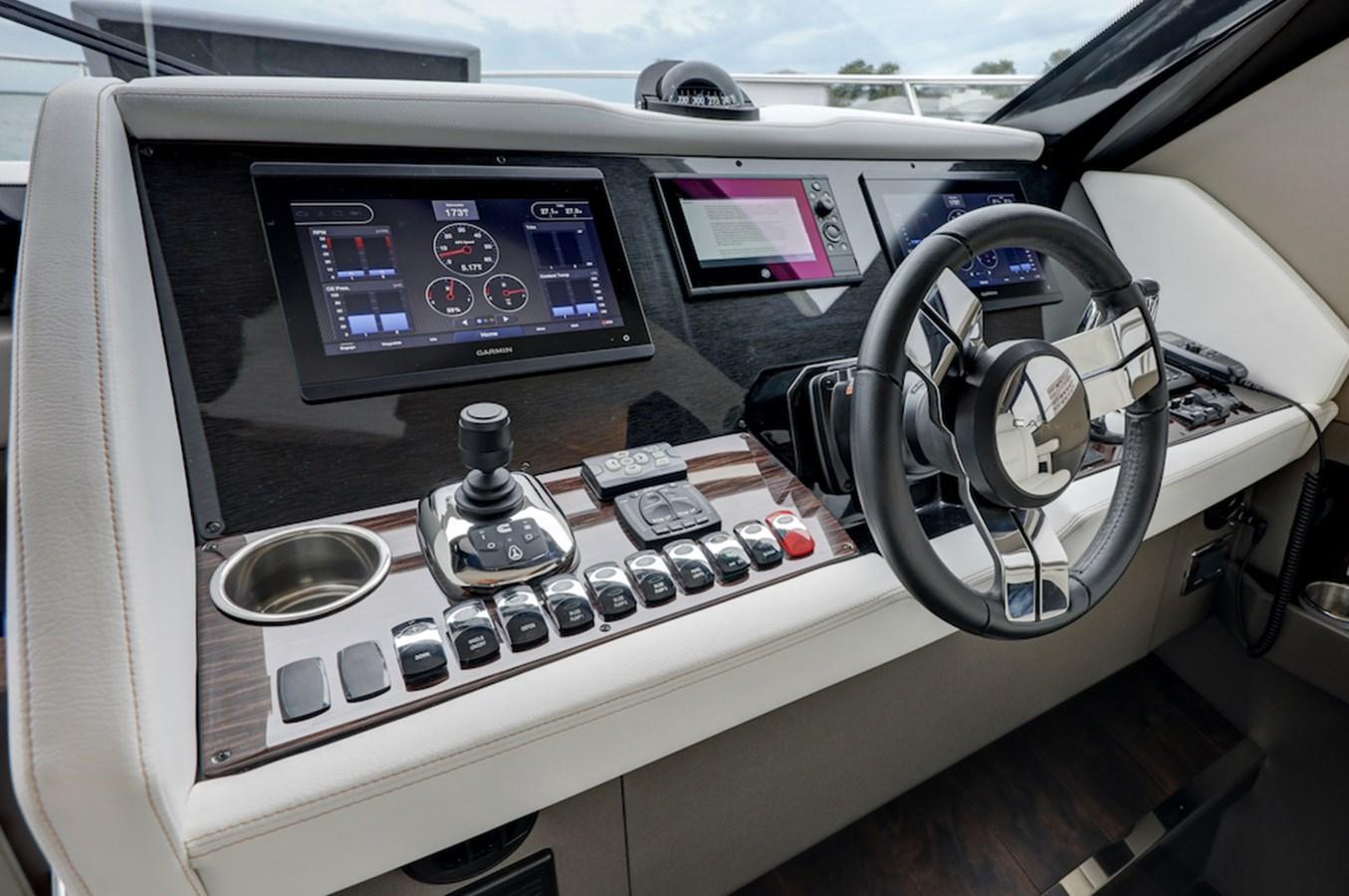 B44A7889_90_91_92_93 2020 CARVER  Motor Yacht 2824994