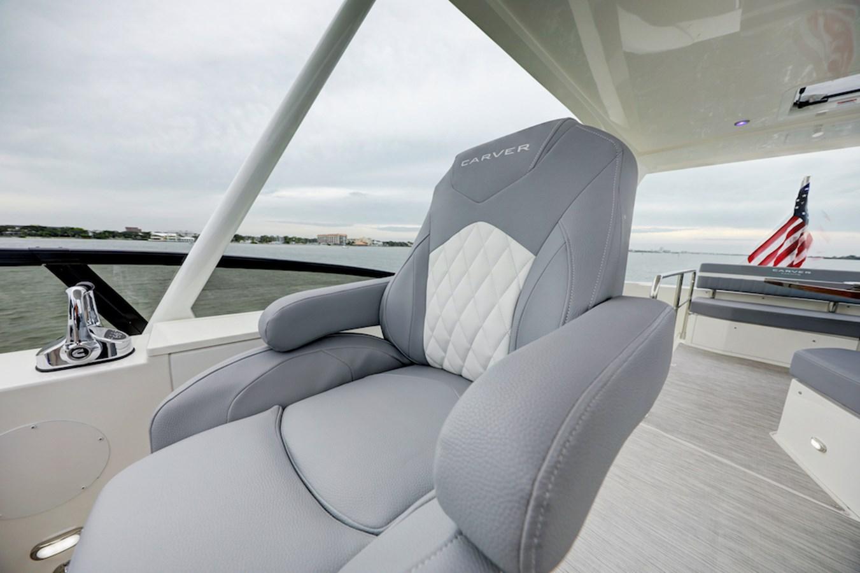 B44A8444_5_6_7_8 2020 CARVER  Motor Yacht 2825041