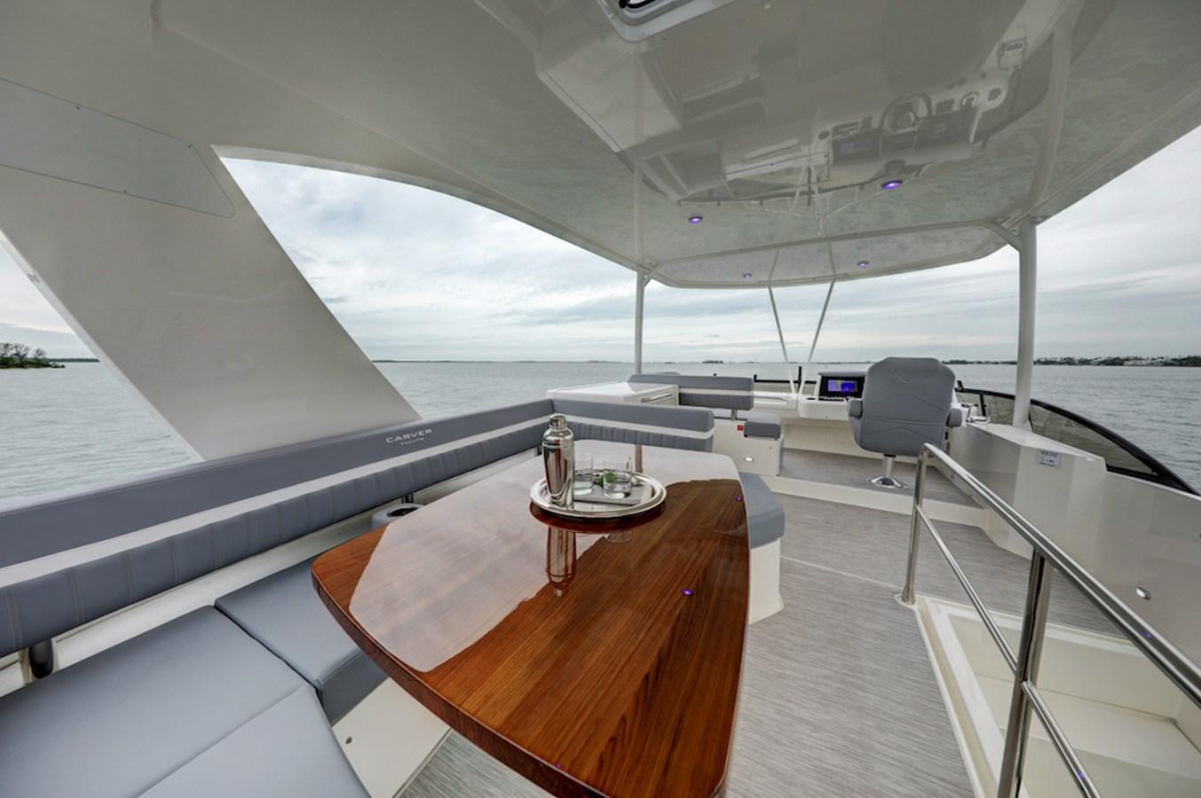 B44A8514_5_6_7_8 2020 CARVER  Motor Yacht 2825047