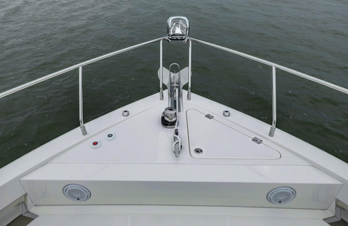 B44A8214_5_6_7_8 2020 CARVER  Motor Yacht 2825055