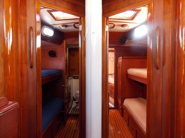 1985 HINCKLEY Sou'Wester 59 Classic Yacht 2621827