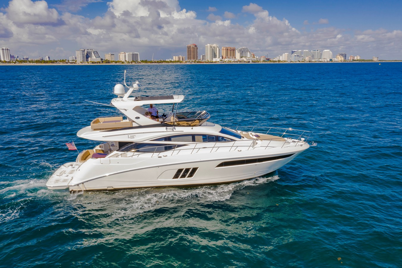 2016 SEA RAY Fly Motor Yacht 2621797
