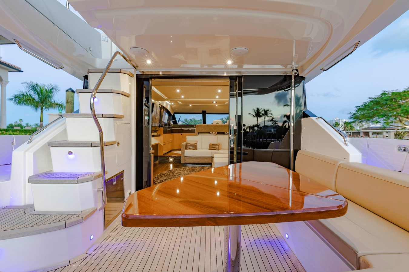2016 SEA RAY Fly Motor Yacht 2621801