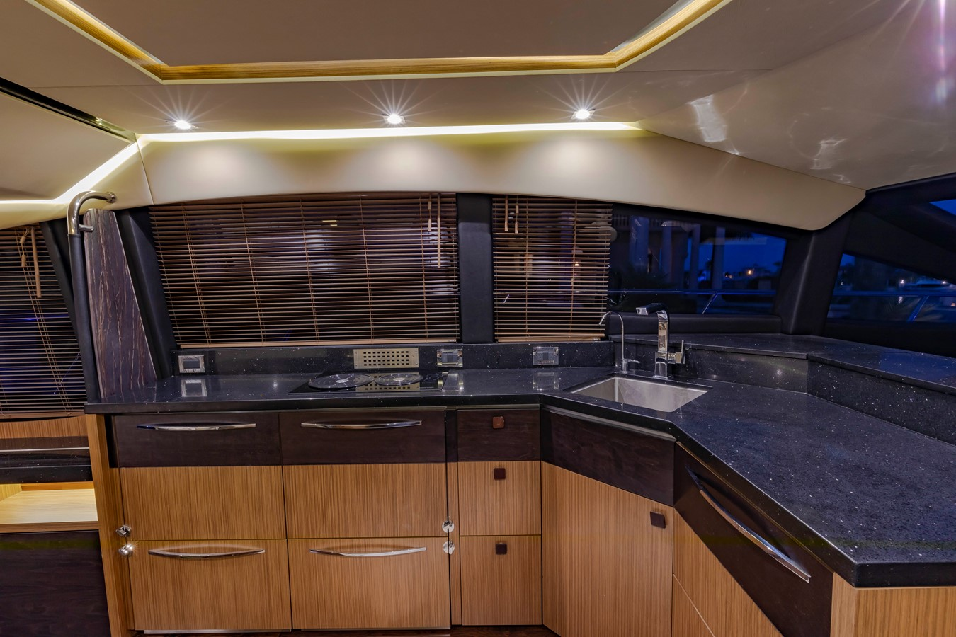 2016 SEA RAY Fly Motor Yacht 2621809