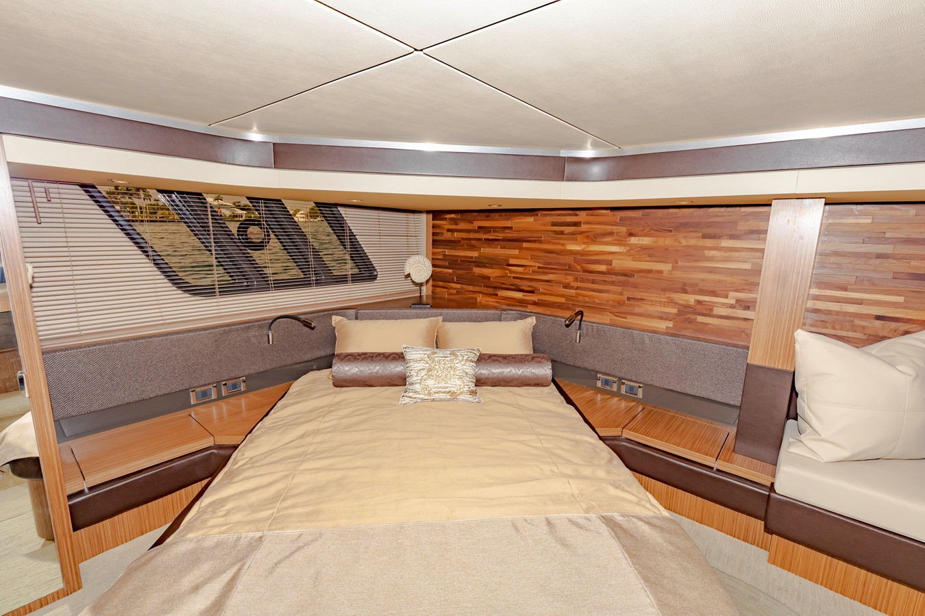 2016 SEA RAY Fly Motor Yacht 2621845