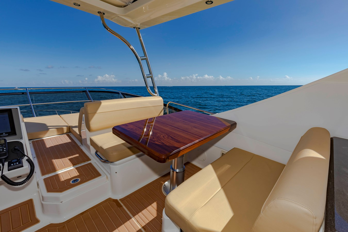2016 SEA RAY Fly Motor Yacht 2621855