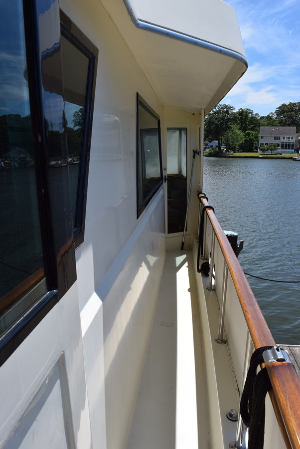 9 - 54 HATTERAS For Sale