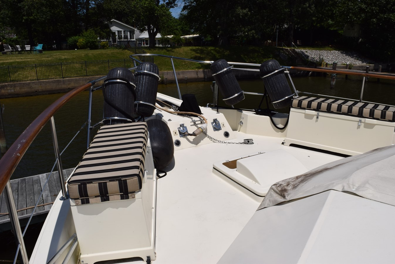 10 - 54 HATTERAS For Sale