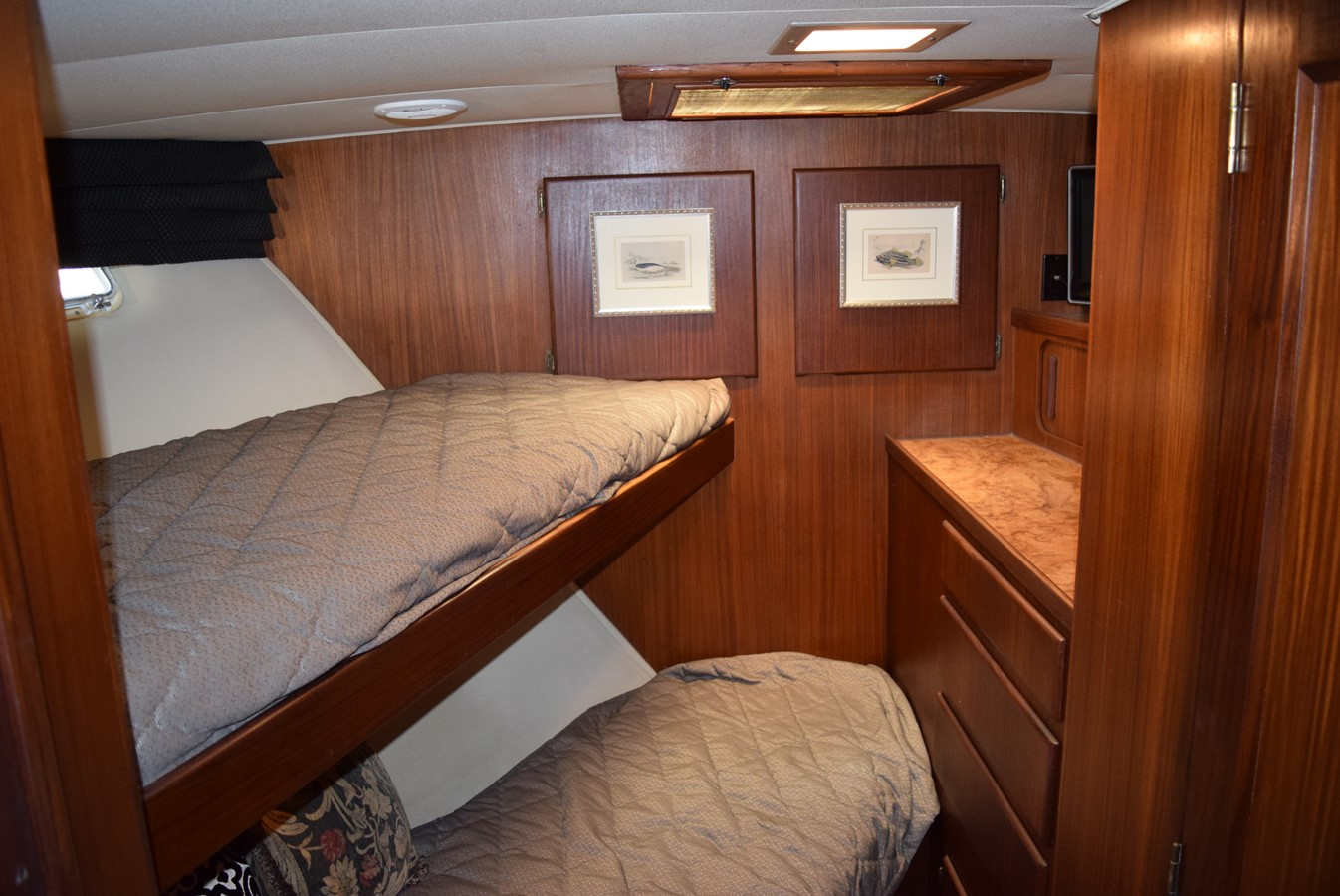 17 - 54 HATTERAS For Sale