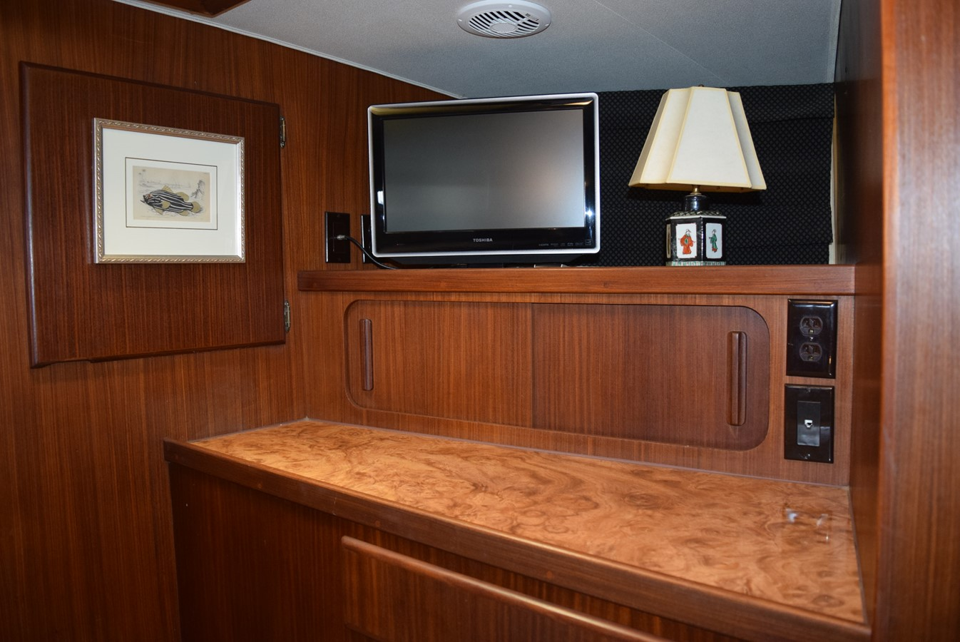 18 - 54 HATTERAS For Sale