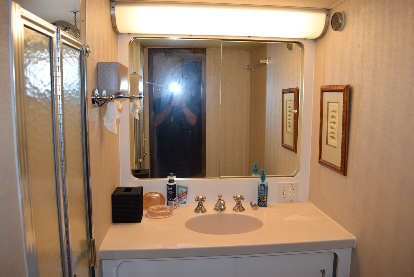 27 - 54 HATTERAS For Sale
