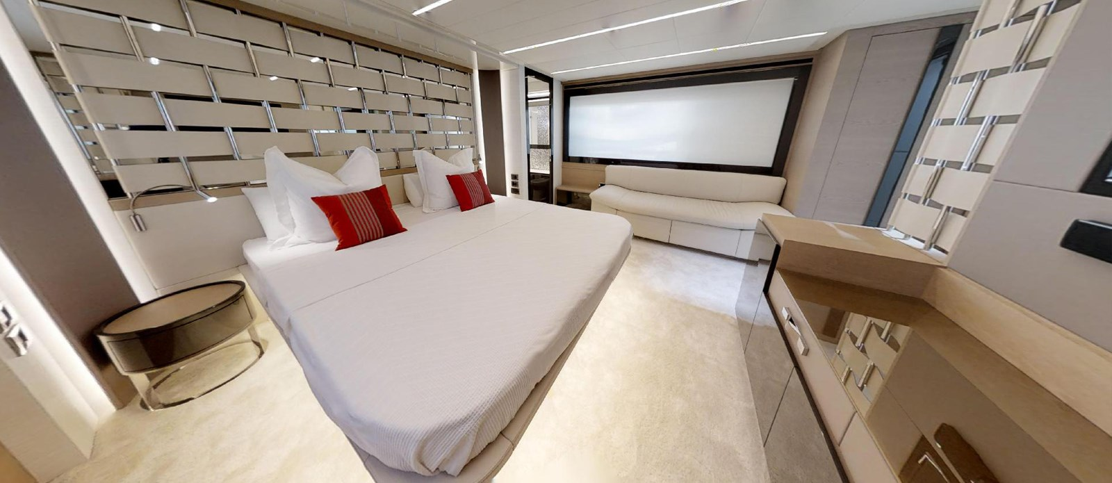 Master-Cabin-3 2015 PERSHING 70 Motor Yacht 2683606