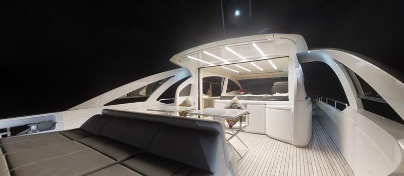 Aft Cockpit 2015 PERSHING 70 Motor Yacht 2673776