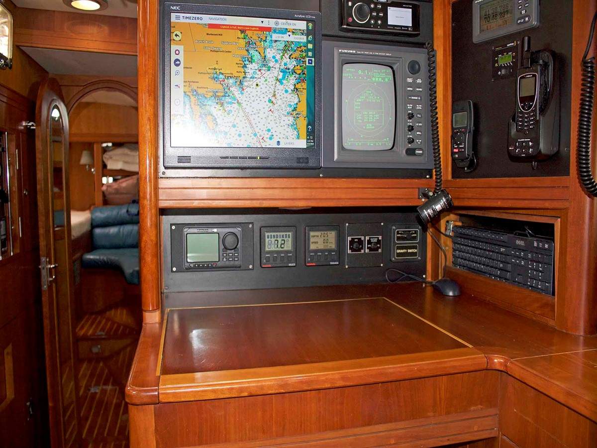 Nav Station 1994 LITTLE HARBOR Center Cockpit Sloop Cruising Sailboat 2624711