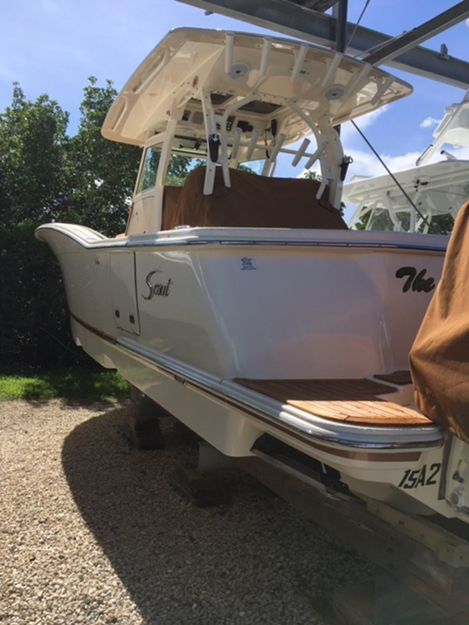 2016 SCOUT BOATS 350 LXF Center Console 2625062