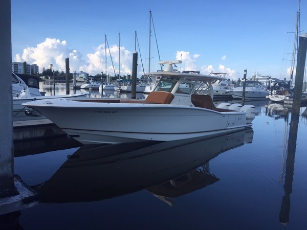 2016 SCOUT BOATS 350 LXF Center Console 2625052