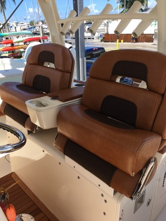 2016 SCOUT BOATS 350 LXF Center Console 2625072