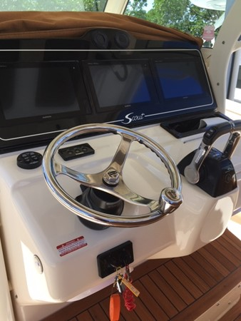 2016 SCOUT BOATS 350 LXF Center Console 2625075