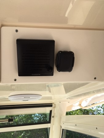 2016 SCOUT BOATS 350 LXF Center Console 2625080