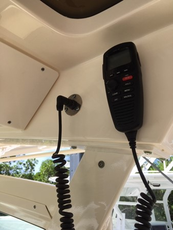 2016 SCOUT BOATS 350 LXF Center Console 2625081