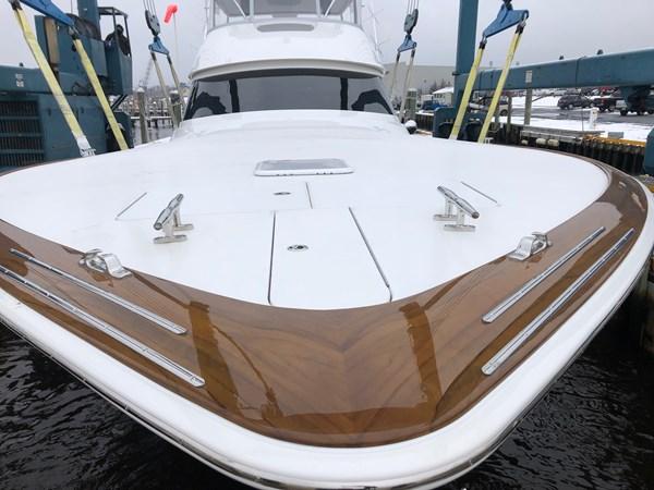 faux painted toe rail 2019 VIKING 68 Convertible Sport Fisherman 2625333