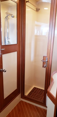Port Side Stateroom Glass Shower 2003 MARLOW  Motor Yacht 2625828