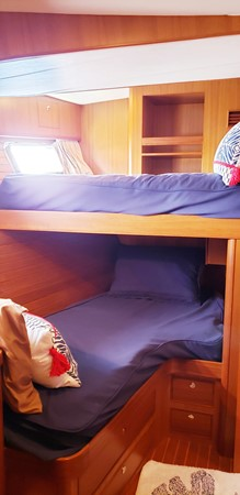 Private Port Side Bunk Room 2003 MARLOW  Motor Yacht 2625837