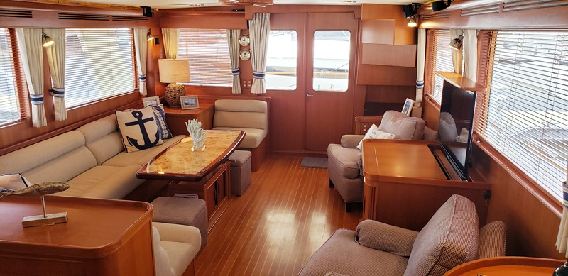 Salon Looking Aft 2003 MARLOW  Motor Yacht 2625870