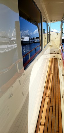 Covered Teak Side Deck 2003 MARLOW  Motor Yacht 2678241