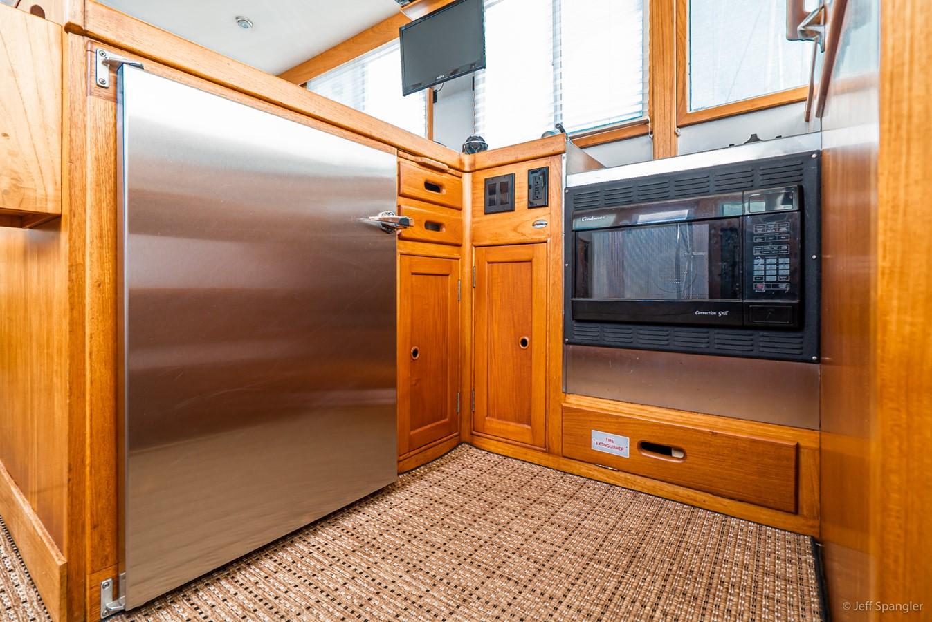 Refrigerator 1973 GRAND BANKS Grand Banks Europa Trawler 2625965