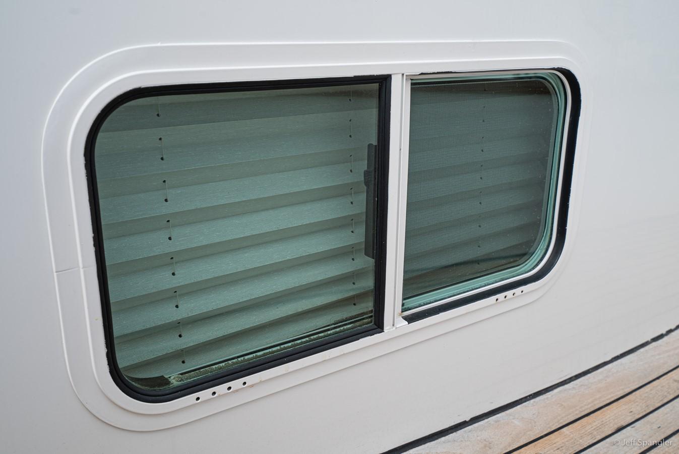 Framed Windows 1973 GRAND BANKS Grand Banks Europa Trawler 2626015