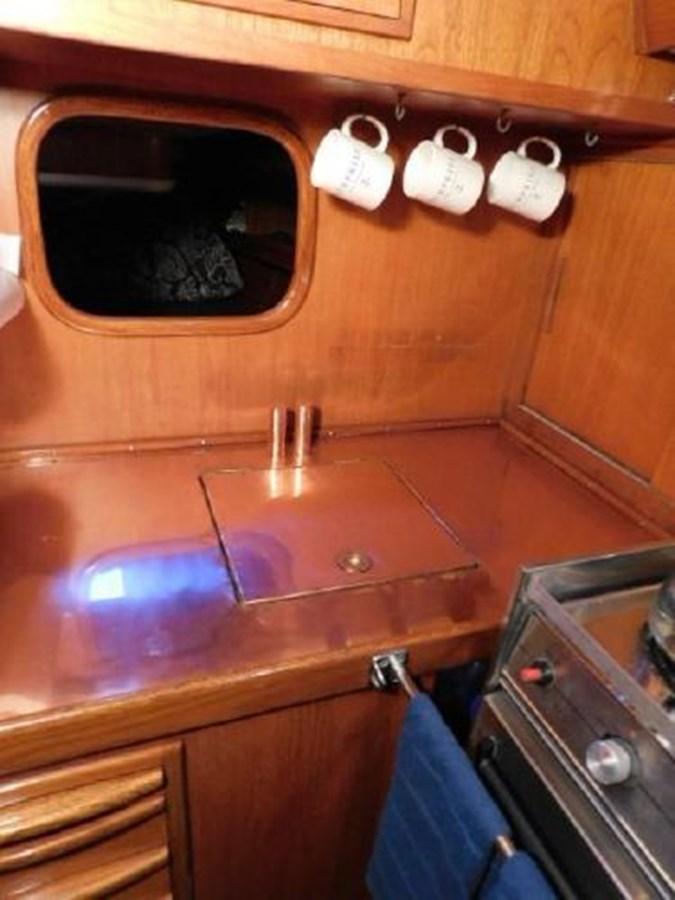 10 1977 NAUTOR'S SWAN 431 Cruising/Racing Sailboat 2626235