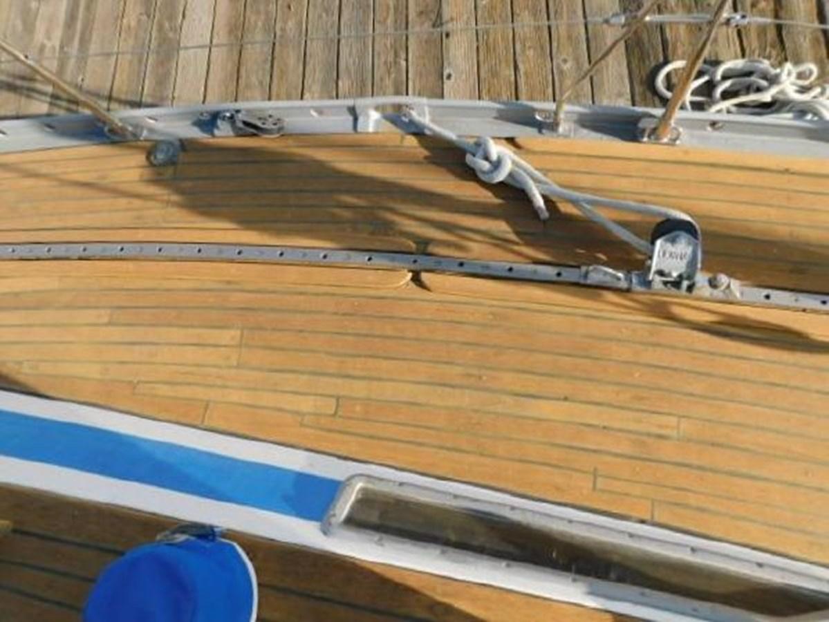 36 1977 NAUTOR'S SWAN 431 Cruising/Racing Sailboat 2626261