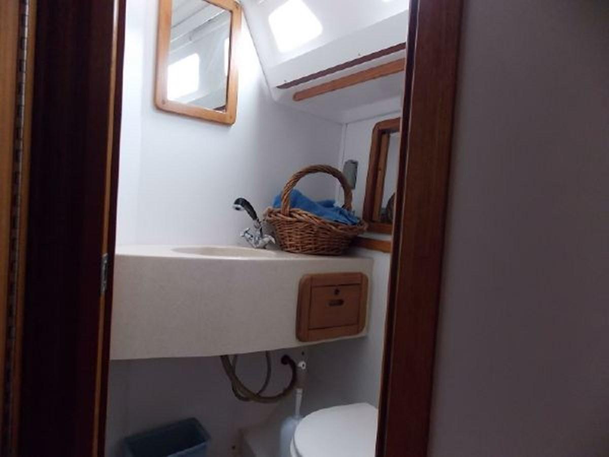 14 1996 CATALINA 42 MKII Cruising Sailboat 2626280